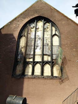 A multi-house fire destroyed the stained glass windows of the Presbyterian Church of the Crossroads in Brooklyn.
