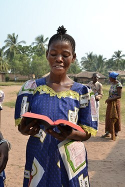 Congo woman with Bible
