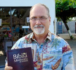 Presbyterian mission co-worker Tim Carriker is general editor of Bíblia Missionária de Estudo, which will be translated from Portuguese into Spanish and English, and possibly Chinese.