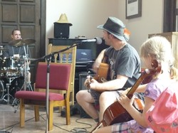 Afternoon jam session with (from left to right) Mike Boggio, Tim Gibbs Zehnder, and Naomi Gibbs Zehnder.